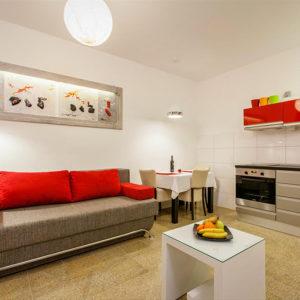 1-3-livingroomS1