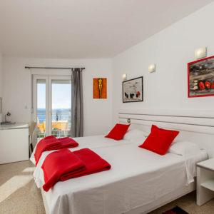 2-4-BedroomS